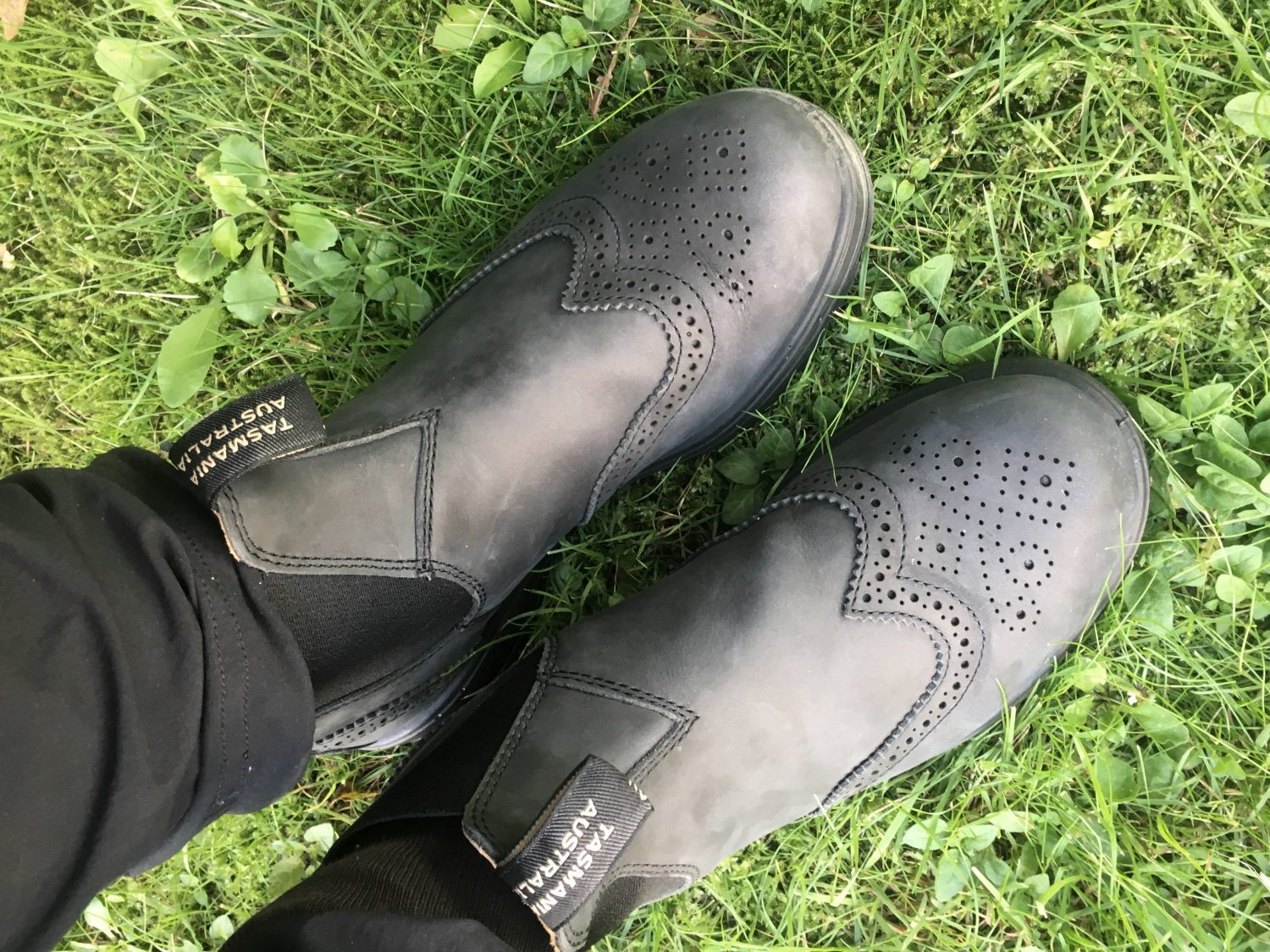 Blundstones Chelsea boots as trekking boots for the camino